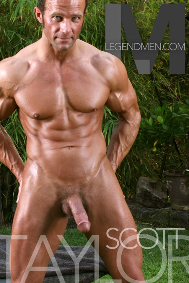 Scott-Taylor-Legend-Men-sexy-naked-muscle-men-nude-bodybuilder-big-muscle-hunks-gay-porn-pics-video-photo