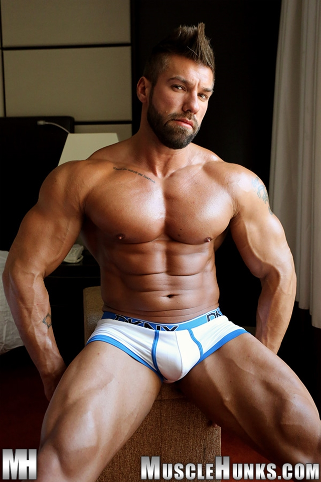 Muscle-Hunks-buffed-muscleman-Lucas-di-Angelo-strips-tight-underwear-huge-cock-fully-erect-007-male-tube-red-tube-gallery-photo