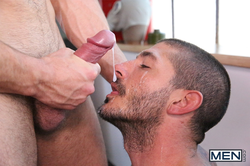 Men-com-Jarec-Wentworth-cruising-for-gay-sex-Johnny-Hazzard-two-guys-hot-fuck-Predator-Drill-My-Hole-rimming-sucking-018-tube-download-torrent-gallery-sexpics-photo