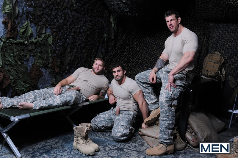Men-com-Military-Tour-Duty-beefy-threesome-Zeb-Atlas-Colby-fucking-Jaxton-Wheelers-muscle-butt-horny-cock-whore-mouth-ass-004-tube-download-torrent-gallery-sexpics-photo