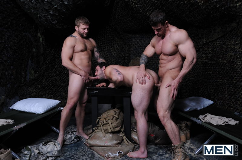 Men-com-Military-Tour-Duty-beefy-threesome-Zeb-Atlas-Colby-fucking-Jaxton-Wheelers-muscle-butt-horny-cock-whore-mouth-ass-009-tube-download-torrent-gallery-sexpics-photo