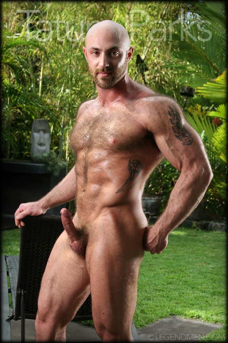 Hairy Big Muscle Bodybuilder Tatum Parks Jerks Out A Huge -5986