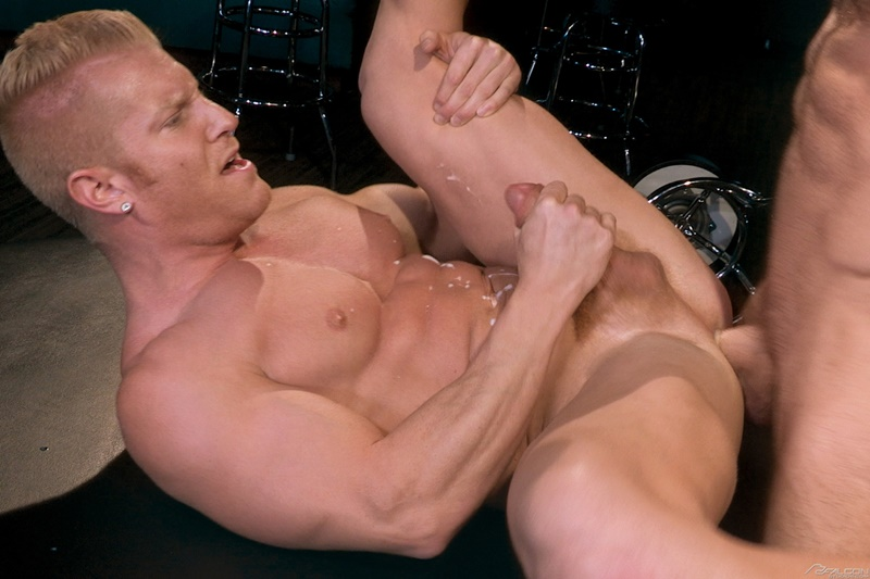 FalconStudios-sexy-naked-muscle-dudes-Johnny-V-Alex-Mecum-sexual-Muscular-torsos-smooth-hairy-chest-blond-big-thick-cock-sucks-ass-fucking-014-gay-porn-sex-gallery-pics-video-photo