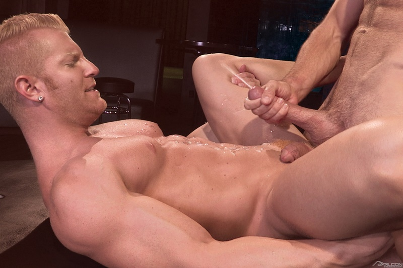 FalconStudios-sexy-naked-muscle-dudes-Johnny-V-Alex-Mecum-sexual-Muscular-torsos-smooth-hairy-chest-blond-big-thick-cock-sucks-ass-fucking-015-gay-porn-sex-gallery-pics-video-photo