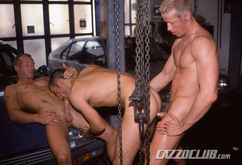 CazzoClub-Andy-Nickel-Jack-Janus-Patrik-Ekberg-mechanic-car-workshop-overalls-tight-ass-fingered-fuck-ass-004-tube-download-torrent-gallery-sexpics-photo