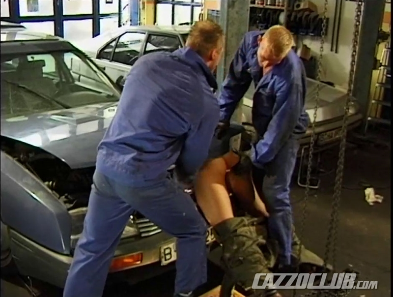 CazzoClub-Andy-Nickel-Jack-Janus-Patrik-Ekberg-mechanic-car-workshop-overalls-tight-ass-fingered-fuck-ass-008-tube-download-torrent-gallery-sexpics-photo