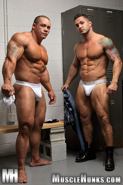 Hard body muscleman wrestler Diego El Potro v Superheavyweight muscle puppy Bill Baker at Muscle Hunks
