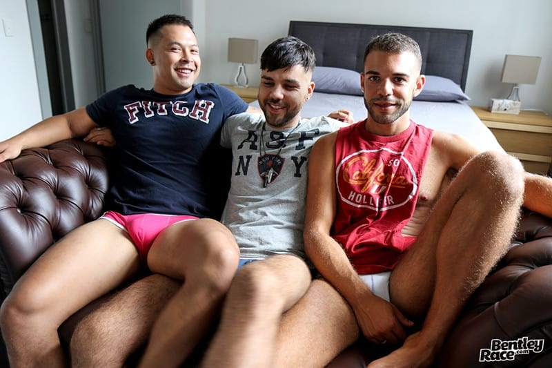 Men for Men Blog Layton-Charles-Jesse-Carter-Sam-Sivahn-daisy-chain-fuck-Hot-young-dudes-bentley-race-001-gay-porn-pictures-gallery Hot young dudes Layton Charles, Jesse Carter and Sam Sivahn daisy chain fuck Bentley Race