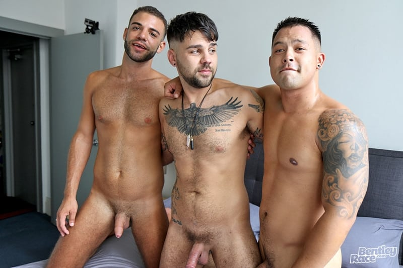 Men for Men Blog Layton-Charles-Jesse-Carter-Sam-Sivahn-daisy-chain-fuck-Hot-young-dudes-bentley-race-009-gay-porn-pictures-gallery Hot young dudes Layton Charles, Jesse Carter and Sam Sivahn daisy chain fuck Bentley Race