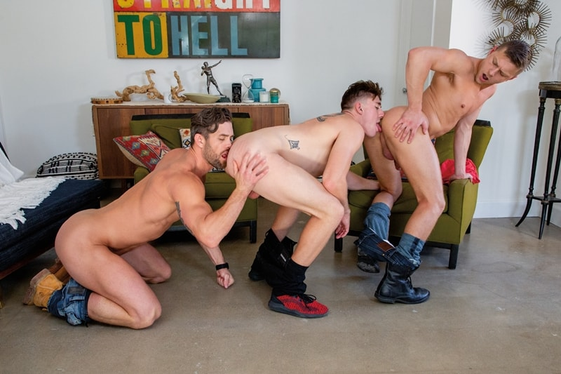 Hot muscle trio Austin Avery Wess Russel Ryan Rose huge thick dick 007 gay porn pics - Hot muscle trio Austin Avery and Wess Russel take turns taking Ryan Rose's huge thick dick