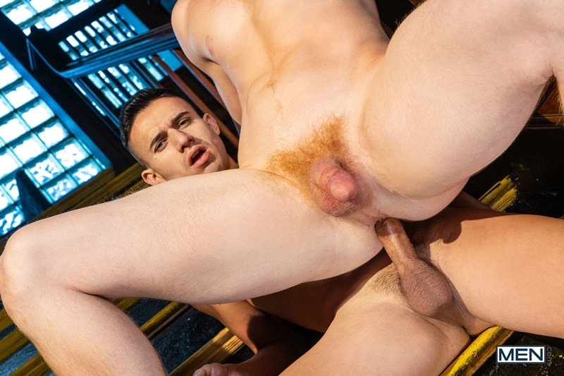 Smooth sexy stud Vinny Blackwood hot ass fucking big muscle dude Kyle Connors huge cock 016 gay porn pics - Smooth sexy stud Vinny Blackwood's hot ass fucking by big muscle dude Kyle Connors' huge cock
