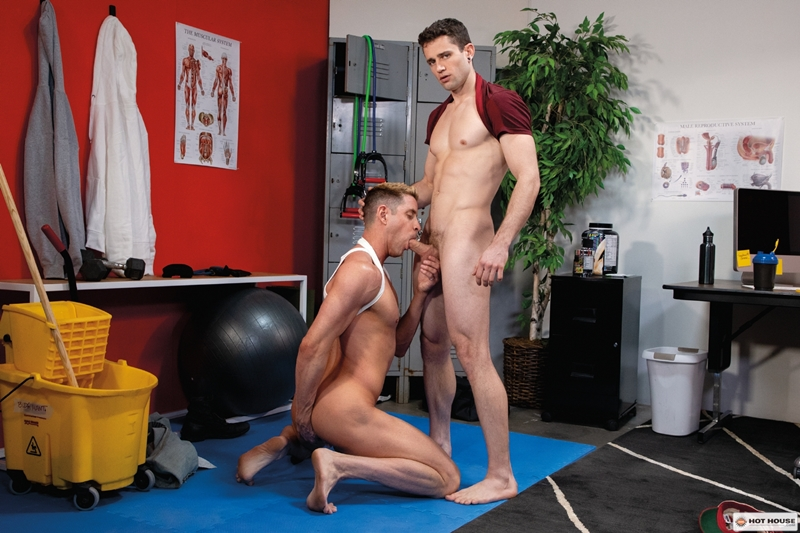 Sexy young hunk Quin Quires huge raw cock stretches Johnny Ford tight bubble butt 001 gay porn pics - Sexy young hunk Quin Quires' huge raw cock stretches Johnny Ford's tight bubble butt