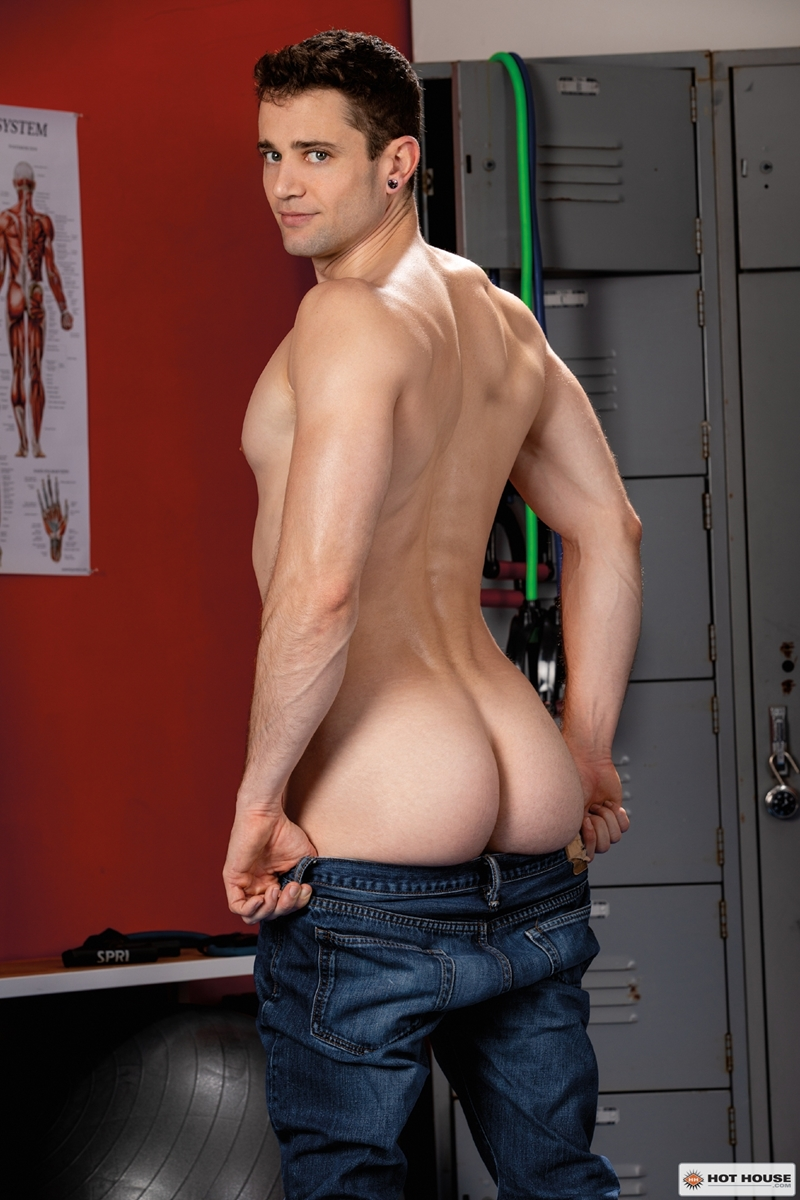 Sexy young hunk Quin Quires huge raw cock stretches Johnny Ford tight bubble butt 004 gay porn pics - Sexy young hunk Quin Quires' huge raw cock stretches Johnny Ford's tight bubble butt