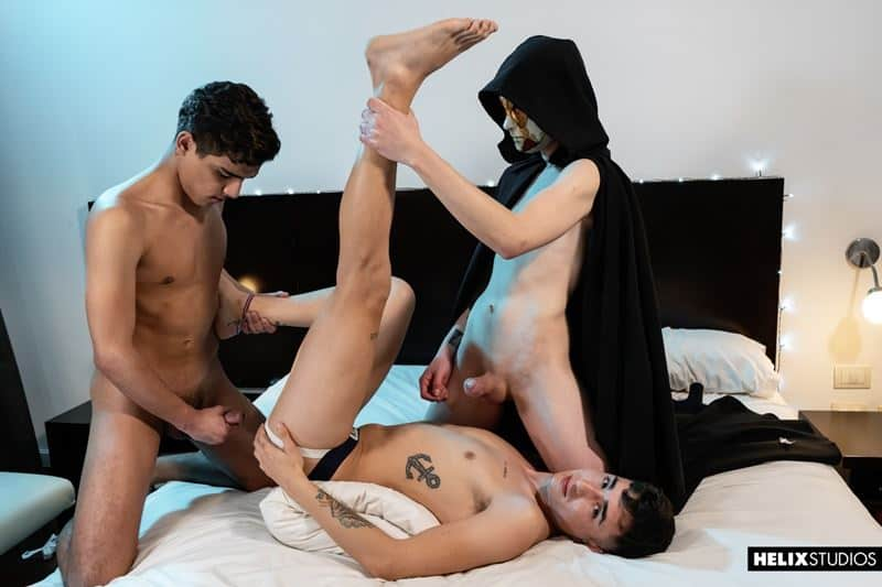 El Maestre forces young Latino twinks Felix Harris Jack Moon flip flop anal fucking 016 gay porn pics - El Maestre forces young Latino twinks Felix Harris and Jack Moon flip flop anal fucking