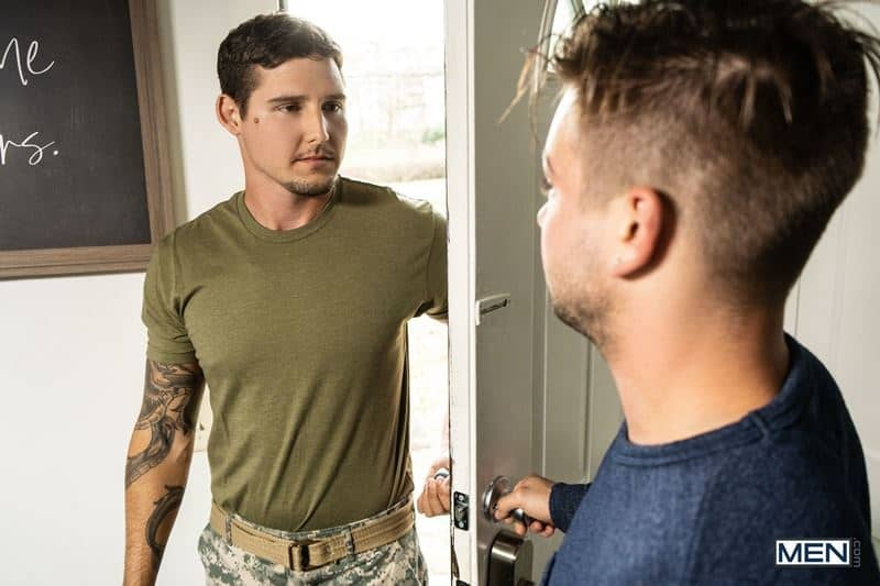 Young stud Johnny Rapid hot bubble ass bareback fucked army hunk Jonah Reeves huge cock 014 gay porn pics - Young stud Johnny Rapid's hot bubble ass fucked by army hunk Jonah Reeves' huge cock