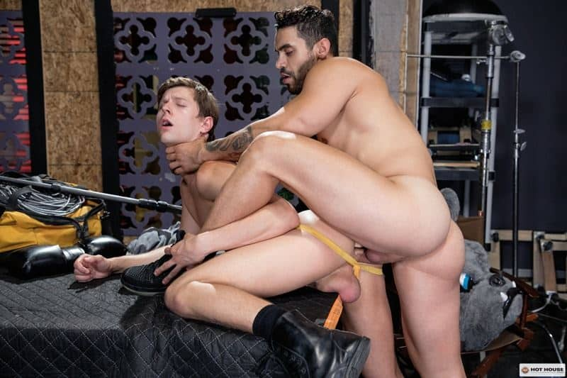 Sexy muscle hunk Arad Winwin huge cock bareback fucking hot young stud Austin Avery smooth hole 012 gay porn pics - Sexy muscle hunk Arad Winwin's huge cock bareback fucking hot young stud Austin Avery's smooth hole