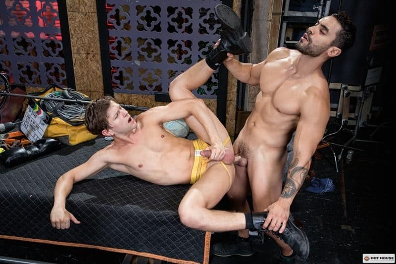Sexy muscle hunk Arad Winwin huge cock bareback fucking hot young stud Austin Avery smooth hole 015 gay porn pics - Sexy muscle hunk Arad Winwin's huge cock bareback fucking hot young stud Austin Avery's smooth hole